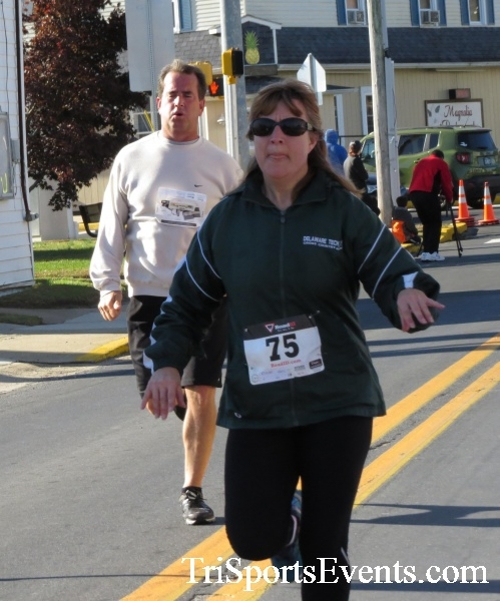 Ryan's High Five 5K Run/Walk<br><br><br><br><a href='https://www.trisportsevents.com/pics/16_Ryan's_High_Five_5K_095.JPG' download='16_Ryan's_High_Five_5K_095.JPG'>Click here to download.</a><Br><a href='http://www.facebook.com/sharer.php?u=http:%2F%2Fwww.trisportsevents.com%2Fpics%2F16_Ryan's_High_Five_5K_095.JPG&t=Ryan's High Five 5K Run/Walk' target='_blank'><img src='images/fb_share.png' width='100'></a>