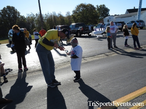 Ryan's High Five 5K Run/Walk<br><br><br><br><a href='https://www.trisportsevents.com/pics/16_Ryan's_High_Five_5K_103.JPG' download='16_Ryan's_High_Five_5K_103.JPG'>Click here to download.</a><Br><a href='http://www.facebook.com/sharer.php?u=http:%2F%2Fwww.trisportsevents.com%2Fpics%2F16_Ryan's_High_Five_5K_103.JPG&t=Ryan's High Five 5K Run/Walk' target='_blank'><img src='images/fb_share.png' width='100'></a>
