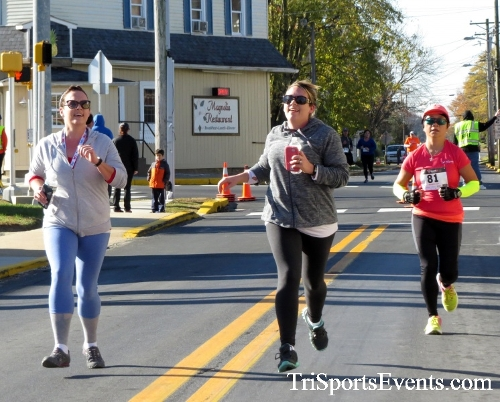 Ryan's High Five 5K Run/Walk<br><br><br><br><a href='https://www.trisportsevents.com/pics/16_Ryan's_High_Five_5K_116.JPG' download='16_Ryan's_High_Five_5K_116.JPG'>Click here to download.</a><Br><a href='http://www.facebook.com/sharer.php?u=http:%2F%2Fwww.trisportsevents.com%2Fpics%2F16_Ryan's_High_Five_5K_116.JPG&t=Ryan's High Five 5K Run/Walk' target='_blank'><img src='images/fb_share.png' width='100'></a>