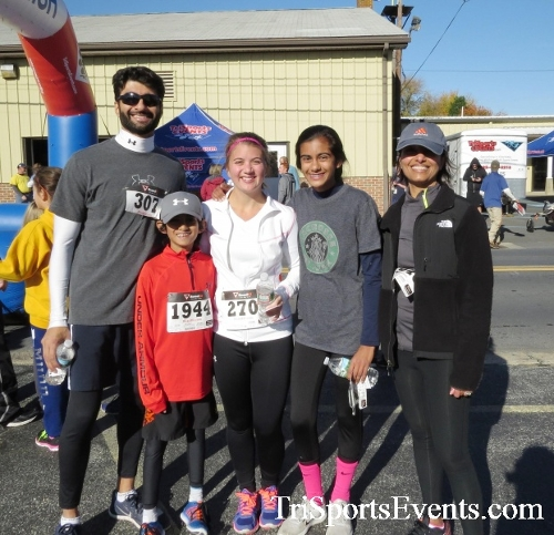 Ryan's High Five 5K Run/Walk<br><br><br><br><a href='https://www.trisportsevents.com/pics/16_Ryan's_High_Five_5K_132.JPG' download='16_Ryan's_High_Five_5K_132.JPG'>Click here to download.</a><Br><a href='http://www.facebook.com/sharer.php?u=http:%2F%2Fwww.trisportsevents.com%2Fpics%2F16_Ryan's_High_Five_5K_132.JPG&t=Ryan's High Five 5K Run/Walk' target='_blank'><img src='images/fb_share.png' width='100'></a>