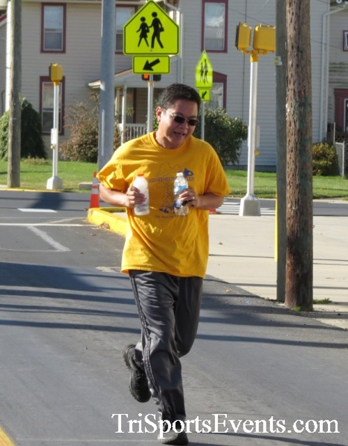 Ryan's High Five 5K Run/Walk<br><br><br><br><a href='https://www.trisportsevents.com/pics/16_Ryan's_High_Five_5K_142.JPG' download='16_Ryan's_High_Five_5K_142.JPG'>Click here to download.</a><Br><a href='http://www.facebook.com/sharer.php?u=http:%2F%2Fwww.trisportsevents.com%2Fpics%2F16_Ryan's_High_Five_5K_142.JPG&t=Ryan's High Five 5K Run/Walk' target='_blank'><img src='images/fb_share.png' width='100'></a>