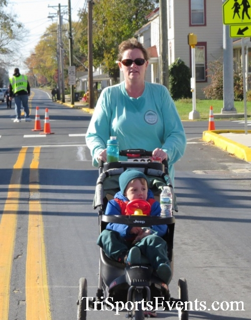 Ryan's High Five 5K Run/Walk<br><br><br><br><a href='https://www.trisportsevents.com/pics/16_Ryan's_High_Five_5K_156.JPG' download='16_Ryan's_High_Five_5K_156.JPG'>Click here to download.</a><Br><a href='http://www.facebook.com/sharer.php?u=http:%2F%2Fwww.trisportsevents.com%2Fpics%2F16_Ryan's_High_Five_5K_156.JPG&t=Ryan's High Five 5K Run/Walk' target='_blank'><img src='images/fb_share.png' width='100'></a>