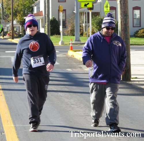 Ryan's High Five 5K Run/Walk<br><br><br><br><a href='https://www.trisportsevents.com/pics/16_Ryan's_High_Five_5K_157.JPG' download='16_Ryan's_High_Five_5K_157.JPG'>Click here to download.</a><Br><a href='http://www.facebook.com/sharer.php?u=http:%2F%2Fwww.trisportsevents.com%2Fpics%2F16_Ryan's_High_Five_5K_157.JPG&t=Ryan's High Five 5K Run/Walk' target='_blank'><img src='images/fb_share.png' width='100'></a>