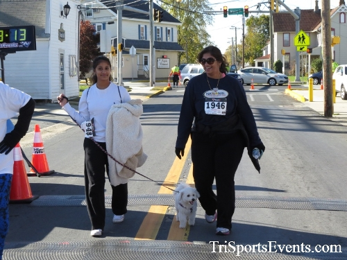 Ryan's High Five 5K Run/Walk<br><br><br><br><a href='https://www.trisportsevents.com/pics/16_Ryan's_High_Five_5K_174.JPG' download='16_Ryan's_High_Five_5K_174.JPG'>Click here to download.</a><Br><a href='http://www.facebook.com/sharer.php?u=http:%2F%2Fwww.trisportsevents.com%2Fpics%2F16_Ryan's_High_Five_5K_174.JPG&t=Ryan's High Five 5K Run/Walk' target='_blank'><img src='images/fb_share.png' width='100'></a>