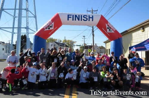 Ryan's High Five 5K Run/Walk<br><br><br><br><a href='https://www.trisportsevents.com/pics/16_Ryan's_High_Five_5K_188.JPG' download='16_Ryan's_High_Five_5K_188.JPG'>Click here to download.</a><Br><a href='http://www.facebook.com/sharer.php?u=http:%2F%2Fwww.trisportsevents.com%2Fpics%2F16_Ryan's_High_Five_5K_188.JPG&t=Ryan's High Five 5K Run/Walk' target='_blank'><img src='images/fb_share.png' width='100'></a>