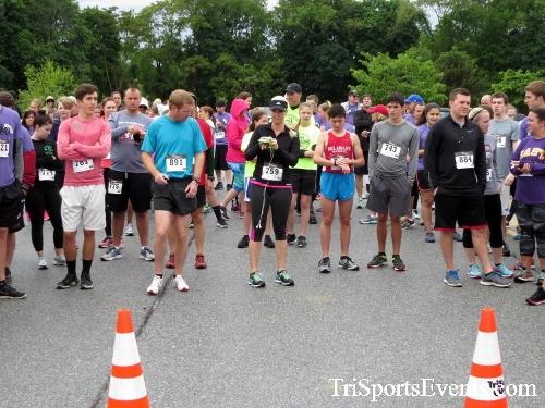 Rayn's Race 5K Run/Walk<br><br><br><br><a href='https://www.trisportsevents.com/pics/16_Ryan's_Race_5K_009.JPG' download='16_Ryan's_Race_5K_009.JPG'>Click here to download.</a><Br><a href='http://www.facebook.com/sharer.php?u=http:%2F%2Fwww.trisportsevents.com%2Fpics%2F16_Ryan's_Race_5K_009.JPG&t=Rayn's Race 5K Run/Walk' target='_blank'><img src='images/fb_share.png' width='100'></a>