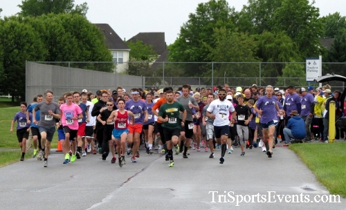 Rayn's Race 5K Run/Walk<br><br><br><br><a href='https://www.trisportsevents.com/pics/16_Ryan's_Race_5K_017.JPG' download='16_Ryan's_Race_5K_017.JPG'>Click here to download.</a><Br><a href='http://www.facebook.com/sharer.php?u=http:%2F%2Fwww.trisportsevents.com%2Fpics%2F16_Ryan's_Race_5K_017.JPG&t=Rayn's Race 5K Run/Walk' target='_blank'><img src='images/fb_share.png' width='100'></a>