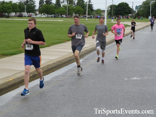 Rayn's Race 5K Run/Walk<br><br><br><br><a href='https://www.trisportsevents.com/pics/16_Ryan's_Race_5K_023.JPG' download='16_Ryan's_Race_5K_023.JPG'>Click here to download.</a><Br><a href='http://www.facebook.com/sharer.php?u=http:%2F%2Fwww.trisportsevents.com%2Fpics%2F16_Ryan's_Race_5K_023.JPG&t=Rayn's Race 5K Run/Walk' target='_blank'><img src='images/fb_share.png' width='100'></a>