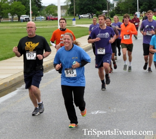 Rayn's Race 5K Run/Walk<br><br><br><br><a href='https://www.trisportsevents.com/pics/16_Ryan's_Race_5K_041.JPG' download='16_Ryan's_Race_5K_041.JPG'>Click here to download.</a><Br><a href='http://www.facebook.com/sharer.php?u=http:%2F%2Fwww.trisportsevents.com%2Fpics%2F16_Ryan's_Race_5K_041.JPG&t=Rayn's Race 5K Run/Walk' target='_blank'><img src='images/fb_share.png' width='100'></a>