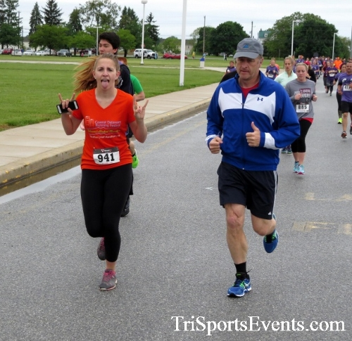 Rayn's Race 5K Run/Walk<br><br><br><br><a href='http://www.trisportsevents.com/pics/16_Ryan's_Race_5K_049.JPG' download='16_Ryan's_Race_5K_049.JPG'>Click here to download.</a><Br><a href='http://www.facebook.com/sharer.php?u=http:%2F%2Fwww.trisportsevents.com%2Fpics%2F16_Ryan's_Race_5K_049.JPG&t=Rayn's Race 5K Run/Walk' target='_blank'><img src='images/fb_share.png' width='100'></a>
