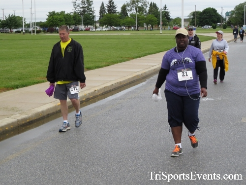 Rayn's Race 5K Run/Walk<br><br><br><br><a href='http://www.trisportsevents.com/pics/16_Ryan's_Race_5K_090.JPG' download='16_Ryan's_Race_5K_090.JPG'>Click here to download.</a><Br><a href='http://www.facebook.com/sharer.php?u=http:%2F%2Fwww.trisportsevents.com%2Fpics%2F16_Ryan's_Race_5K_090.JPG&t=Rayn's Race 5K Run/Walk' target='_blank'><img src='images/fb_share.png' width='100'></a>