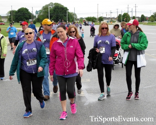 Rayn's Race 5K Run/Walk<br><br><br><br><a href='https://www.trisportsevents.com/pics/16_Ryan's_Race_5K_099.JPG' download='16_Ryan's_Race_5K_099.JPG'>Click here to download.</a><Br><a href='http://www.facebook.com/sharer.php?u=http:%2F%2Fwww.trisportsevents.com%2Fpics%2F16_Ryan's_Race_5K_099.JPG&t=Rayn's Race 5K Run/Walk' target='_blank'><img src='images/fb_share.png' width='100'></a>