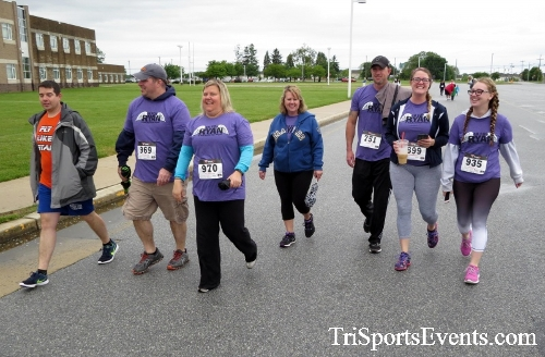 Rayn's Race 5K Run/Walk<br><br><br><br><a href='http://www.trisportsevents.com/pics/16_Ryan's_Race_5K_105.JPG' download='16_Ryan's_Race_5K_105.JPG'>Click here to download.</a><Br><a href='http://www.facebook.com/sharer.php?u=http:%2F%2Fwww.trisportsevents.com%2Fpics%2F16_Ryan's_Race_5K_105.JPG&t=Rayn's Race 5K Run/Walk' target='_blank'><img src='images/fb_share.png' width='100'></a>