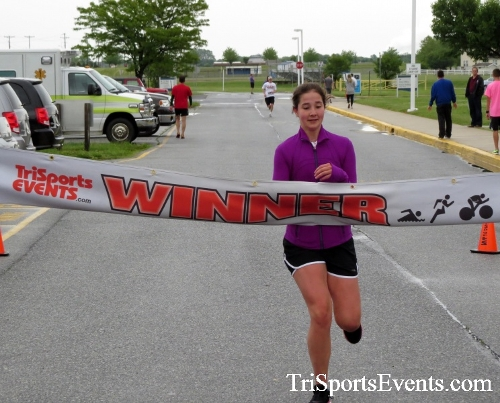 Rayn's Race 5K Run/Walk<br><br><br><br><a href='http://www.trisportsevents.com/pics/16_Ryan's_Race_5K_125.JPG' download='16_Ryan's_Race_5K_125.JPG'>Click here to download.</a><Br><a href='http://www.facebook.com/sharer.php?u=http:%2F%2Fwww.trisportsevents.com%2Fpics%2F16_Ryan's_Race_5K_125.JPG&t=Rayn's Race 5K Run/Walk' target='_blank'><img src='images/fb_share.png' width='100'></a>