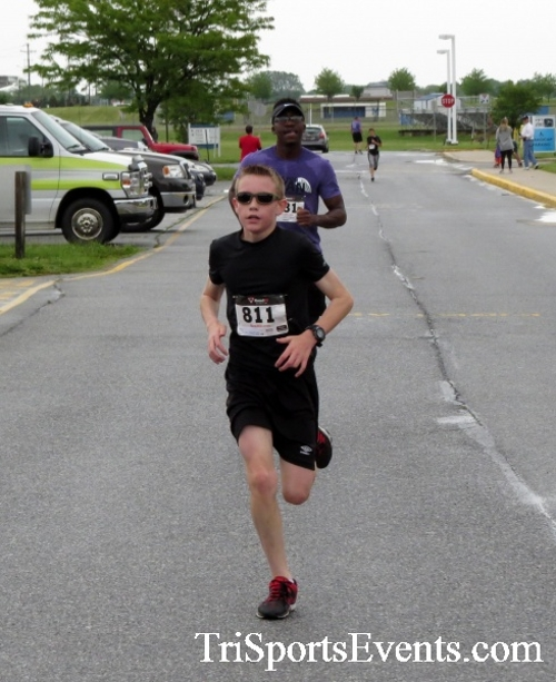 Rayn's Race 5K Run/Walk<br><br><br><br><a href='https://www.trisportsevents.com/pics/16_Ryan's_Race_5K_130.JPG' download='16_Ryan's_Race_5K_130.JPG'>Click here to download.</a><Br><a href='http://www.facebook.com/sharer.php?u=http:%2F%2Fwww.trisportsevents.com%2Fpics%2F16_Ryan's_Race_5K_130.JPG&t=Rayn's Race 5K Run/Walk' target='_blank'><img src='images/fb_share.png' width='100'></a>
