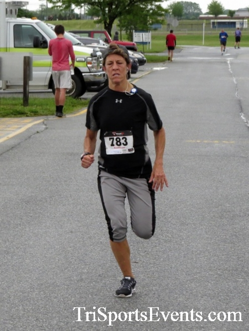 Rayn's Race 5K Run/Walk<br><br><br><br><a href='https://www.trisportsevents.com/pics/16_Ryan's_Race_5K_132.JPG' download='16_Ryan's_Race_5K_132.JPG'>Click here to download.</a><Br><a href='http://www.facebook.com/sharer.php?u=http:%2F%2Fwww.trisportsevents.com%2Fpics%2F16_Ryan's_Race_5K_132.JPG&t=Rayn's Race 5K Run/Walk' target='_blank'><img src='images/fb_share.png' width='100'></a>