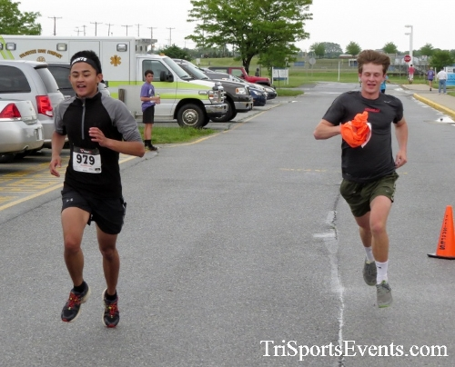 Rayn's Race 5K Run/Walk<br><br><br><br><a href='https://www.trisportsevents.com/pics/16_Ryan's_Race_5K_140.JPG' download='16_Ryan's_Race_5K_140.JPG'>Click here to download.</a><Br><a href='http://www.facebook.com/sharer.php?u=http:%2F%2Fwww.trisportsevents.com%2Fpics%2F16_Ryan's_Race_5K_140.JPG&t=Rayn's Race 5K Run/Walk' target='_blank'><img src='images/fb_share.png' width='100'></a>