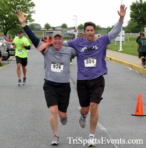 Rayn's Race 5K Run/Walk<br><br><br><br><a href='http://www.trisportsevents.com/pics/16_Ryan's_Race_5K_157.JPG' download='16_Ryan's_Race_5K_157.JPG'>Click here to download.</a><Br><a href='http://www.facebook.com/sharer.php?u=http:%2F%2Fwww.trisportsevents.com%2Fpics%2F16_Ryan's_Race_5K_157.JPG&t=Rayn's Race 5K Run/Walk' target='_blank'><img src='images/fb_share.png' width='100'></a>
