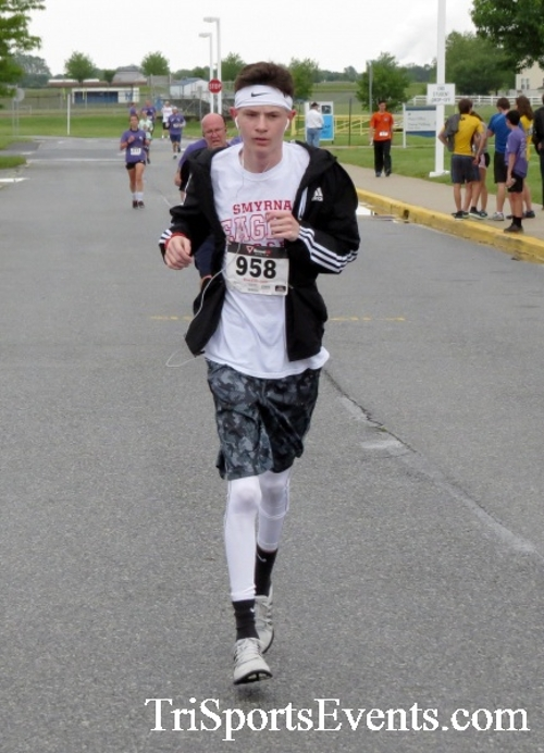Rayn's Race 5K Run/Walk<br><br><br><br><a href='http://www.trisportsevents.com/pics/16_Ryan's_Race_5K_167.JPG' download='16_Ryan's_Race_5K_167.JPG'>Click here to download.</a><Br><a href='http://www.facebook.com/sharer.php?u=http:%2F%2Fwww.trisportsevents.com%2Fpics%2F16_Ryan's_Race_5K_167.JPG&t=Rayn's Race 5K Run/Walk' target='_blank'><img src='images/fb_share.png' width='100'></a>