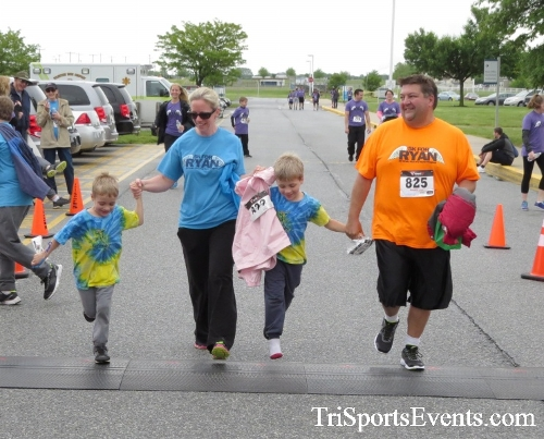 Rayn's Race 5K Run/Walk<br><br><br><br><a href='http://www.trisportsevents.com/pics/16_Ryan's_Race_5K_286.JPG' download='16_Ryan's_Race_5K_286.JPG'>Click here to download.</a><Br><a href='http://www.facebook.com/sharer.php?u=http:%2F%2Fwww.trisportsevents.com%2Fpics%2F16_Ryan's_Race_5K_286.JPG&t=Rayn's Race 5K Run/Walk' target='_blank'><img src='images/fb_share.png' width='100'></a>