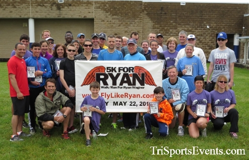 Rayn's Race 5K Run/Walk<br><br><br><br><a href='https://www.trisportsevents.com/pics/16_Ryan's_Race_5K_292.JPG' download='16_Ryan's_Race_5K_292.JPG'>Click here to download.</a><Br><a href='http://www.facebook.com/sharer.php?u=http:%2F%2Fwww.trisportsevents.com%2Fpics%2F16_Ryan's_Race_5K_292.JPG&t=Rayn's Race 5K Run/Walk' target='_blank'><img src='images/fb_share.png' width='100'></a>