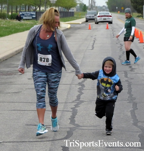 Safe Kids 5K Run/Walk<br><br><br><br><a href='http://www.trisportsevents.com/pics/16_Safe_Kids_5K_006.JPG' download='16_Safe_Kids_5K_006.JPG'>Click here to download.</a><Br><a href='http://www.facebook.com/sharer.php?u=http:%2F%2Fwww.trisportsevents.com%2Fpics%2F16_Safe_Kids_5K_006.JPG&t=Safe Kids 5K Run/Walk' target='_blank'><img src='images/fb_share.png' width='100'></a>