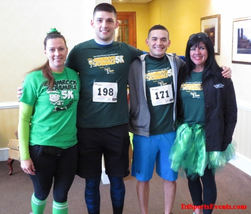 Shamrock Scramble 5K Run/Walk<br><br><br><br><a href='http://www.trisportsevents.com/pics/16_Shamrock_5K_004.JPG' download='16_Shamrock_5K_004.JPG'>Click here to download.</a><Br><a href='http://www.facebook.com/sharer.php?u=http:%2F%2Fwww.trisportsevents.com%2Fpics%2F16_Shamrock_5K_004.JPG&t=Shamrock Scramble 5K Run/Walk' target='_blank'><img src='images/fb_share.png' width='100'></a>