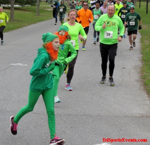 Shamrock Scramble 5K Run/Walk<br><br><br><br><a href='http://www.trisportsevents.com/pics/16_Shamrock_5K_023.JPG' download='16_Shamrock_5K_023.JPG'>Click here to download.</a><Br><a href='http://www.facebook.com/sharer.php?u=http:%2F%2Fwww.trisportsevents.com%2Fpics%2F16_Shamrock_5K_023.JPG&t=Shamrock Scramble 5K Run/Walk' target='_blank'><img src='images/fb_share.png' width='100'></a>