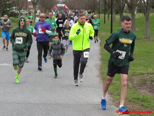 Shamrock Scramble 5K Run/Walk<br><br><br><br><a href='http://www.trisportsevents.com/pics/16_Shamrock_5K_025.JPG' download='16_Shamrock_5K_025.JPG'>Click here to download.</a><Br><a href='http://www.facebook.com/sharer.php?u=http:%2F%2Fwww.trisportsevents.com%2Fpics%2F16_Shamrock_5K_025.JPG&t=Shamrock Scramble 5K Run/Walk' target='_blank'><img src='images/fb_share.png' width='100'></a>