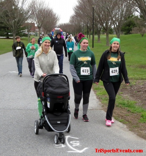 Shamrock Scramble 5K Run/Walk<br><br><br><br><a href='http://www.trisportsevents.com/pics/16_Shamrock_5K_050.JPG' download='16_Shamrock_5K_050.JPG'>Click here to download.</a><Br><a href='http://www.facebook.com/sharer.php?u=http:%2F%2Fwww.trisportsevents.com%2Fpics%2F16_Shamrock_5K_050.JPG&t=Shamrock Scramble 5K Run/Walk' target='_blank'><img src='images/fb_share.png' width='100'></a>