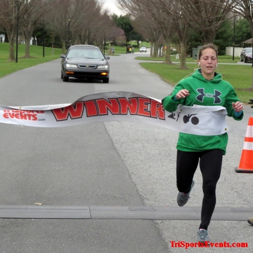 Shamrock Scramble 5K Run/Walk<br><br><br><br><a href='http://www.trisportsevents.com/pics/16_Shamrock_5K_070.JPG' download='16_Shamrock_5K_070.JPG'>Click here to download.</a><Br><a href='http://www.facebook.com/sharer.php?u=http:%2F%2Fwww.trisportsevents.com%2Fpics%2F16_Shamrock_5K_070.JPG&t=Shamrock Scramble 5K Run/Walk' target='_blank'><img src='images/fb_share.png' width='100'></a>