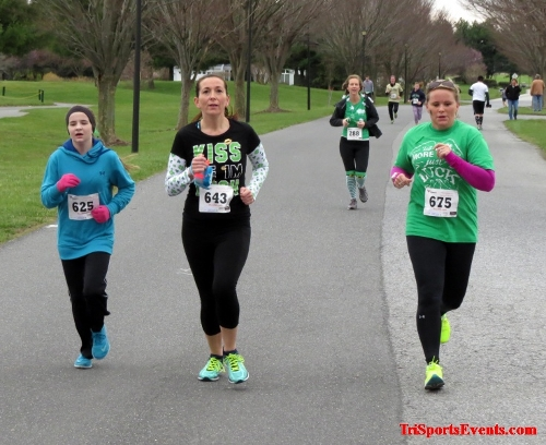 Shamrock Scramble 5K Run/Walk<br><br><br><br><a href='https://www.trisportsevents.com/pics/16_Shamrock_5K_112.JPG' download='16_Shamrock_5K_112.JPG'>Click here to download.</a><Br><a href='http://www.facebook.com/sharer.php?u=http:%2F%2Fwww.trisportsevents.com%2Fpics%2F16_Shamrock_5K_112.JPG&t=Shamrock Scramble 5K Run/Walk' target='_blank'><img src='images/fb_share.png' width='100'></a>
