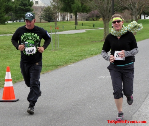 Shamrock Scramble 5K Run/Walk<br><br><br><br><a href='https://www.trisportsevents.com/pics/16_Shamrock_5K_147.JPG' download='16_Shamrock_5K_147.JPG'>Click here to download.</a><Br><a href='http://www.facebook.com/sharer.php?u=http:%2F%2Fwww.trisportsevents.com%2Fpics%2F16_Shamrock_5K_147.JPG&t=Shamrock Scramble 5K Run/Walk' target='_blank'><img src='images/fb_share.png' width='100'></a>