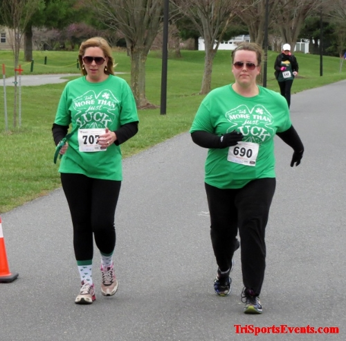 Shamrock Scramble 5K Run/Walk<br><br><br><br><a href='https://www.trisportsevents.com/pics/16_Shamrock_5K_179.JPG' download='16_Shamrock_5K_179.JPG'>Click here to download.</a><Br><a href='http://www.facebook.com/sharer.php?u=http:%2F%2Fwww.trisportsevents.com%2Fpics%2F16_Shamrock_5K_179.JPG&t=Shamrock Scramble 5K Run/Walk' target='_blank'><img src='images/fb_share.png' width='100'></a>