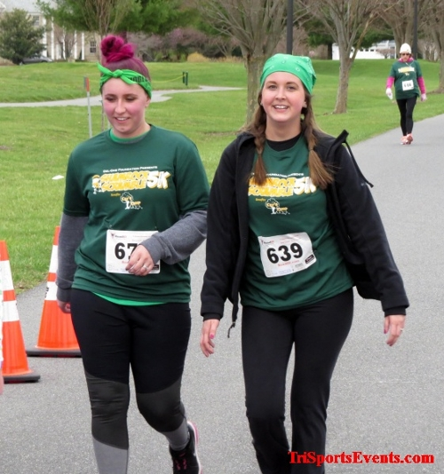 Shamrock Scramble 5K Run/Walk<br><br><br><br><a href='http://www.trisportsevents.com/pics/16_Shamrock_5K_185.JPG' download='16_Shamrock_5K_185.JPG'>Click here to download.</a><Br><a href='http://www.facebook.com/sharer.php?u=http:%2F%2Fwww.trisportsevents.com%2Fpics%2F16_Shamrock_5K_185.JPG&t=Shamrock Scramble 5K Run/Walk' target='_blank'><img src='images/fb_share.png' width='100'></a>