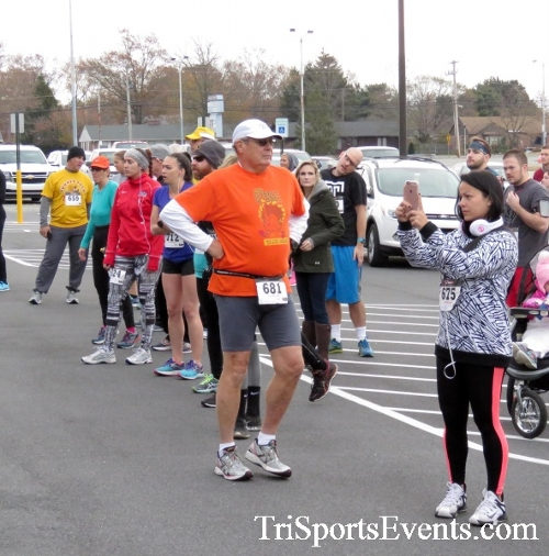 Turkey Trot 5K Run/Wak<br><br><br><br><a href='https://www.trisportsevents.com/pics/16_Turkey_Trot_5K_010.JPG' download='16_Turkey_Trot_5K_010.JPG'>Click here to download.</a><Br><a href='http://www.facebook.com/sharer.php?u=http:%2F%2Fwww.trisportsevents.com%2Fpics%2F16_Turkey_Trot_5K_010.JPG&t=Turkey Trot 5K Run/Wak' target='_blank'><img src='images/fb_share.png' width='100'></a>