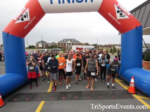 Turkey Trot 5K Run/Wak<br><br><br><br><a href='https://www.trisportsevents.com/pics/16_Turkey_Trot_5K_013.JPG' download='16_Turkey_Trot_5K_013.JPG'>Click here to download.</a><Br><a href='http://www.facebook.com/sharer.php?u=http:%2F%2Fwww.trisportsevents.com%2Fpics%2F16_Turkey_Trot_5K_013.JPG&t=Turkey Trot 5K Run/Wak' target='_blank'><img src='images/fb_share.png' width='100'></a>