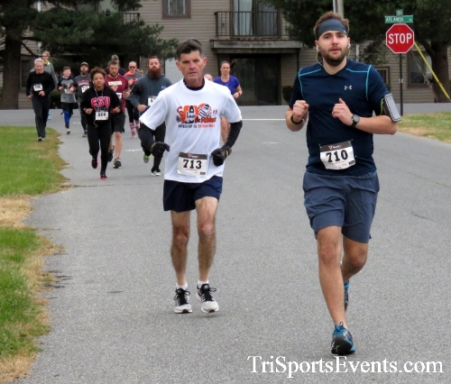Turkey Trot 5K Run/Wak<br><br><br><br><a href='http://www.trisportsevents.com/pics/16_Turkey_Trot_5K_027.JPG' download='16_Turkey_Trot_5K_027.JPG'>Click here to download.</a><Br><a href='http://www.facebook.com/sharer.php?u=http:%2F%2Fwww.trisportsevents.com%2Fpics%2F16_Turkey_Trot_5K_027.JPG&t=Turkey Trot 5K Run/Wak' target='_blank'><img src='images/fb_share.png' width='100'></a>