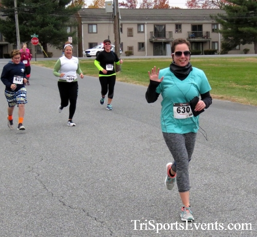 Turkey Trot 5K Run/Wak<br><br><br><br><a href='http://www.trisportsevents.com/pics/16_Turkey_Trot_5K_066.JPG' download='16_Turkey_Trot_5K_066.JPG'>Click here to download.</a><Br><a href='http://www.facebook.com/sharer.php?u=http:%2F%2Fwww.trisportsevents.com%2Fpics%2F16_Turkey_Trot_5K_066.JPG&t=Turkey Trot 5K Run/Wak' target='_blank'><img src='images/fb_share.png' width='100'></a>