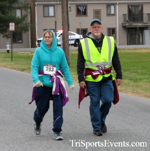 Turkey Trot 5K Run/Wak<br><br><br><br><a href='https://www.trisportsevents.com/pics/16_Turkey_Trot_5K_095.JPG' download='16_Turkey_Trot_5K_095.JPG'>Click here to download.</a><Br><a href='http://www.facebook.com/sharer.php?u=http:%2F%2Fwww.trisportsevents.com%2Fpics%2F16_Turkey_Trot_5K_095.JPG&t=Turkey Trot 5K Run/Wak' target='_blank'><img src='images/fb_share.png' width='100'></a>