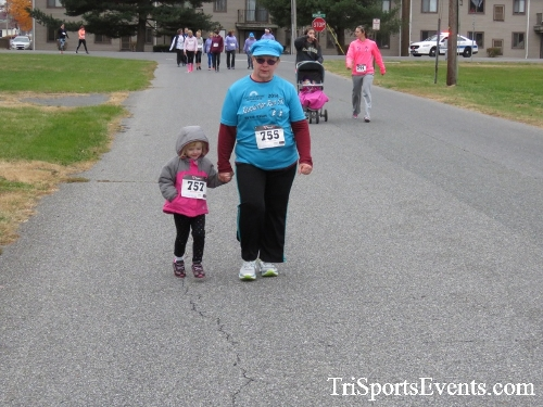 Turkey Trot 5K Run/Wak<br><br><br><br><a href='http://www.trisportsevents.com/pics/16_Turkey_Trot_5K_097.JPG' download='16_Turkey_Trot_5K_097.JPG'>Click here to download.</a><Br><a href='http://www.facebook.com/sharer.php?u=http:%2F%2Fwww.trisportsevents.com%2Fpics%2F16_Turkey_Trot_5K_097.JPG&t=Turkey Trot 5K Run/Wak' target='_blank'><img src='images/fb_share.png' width='100'></a>