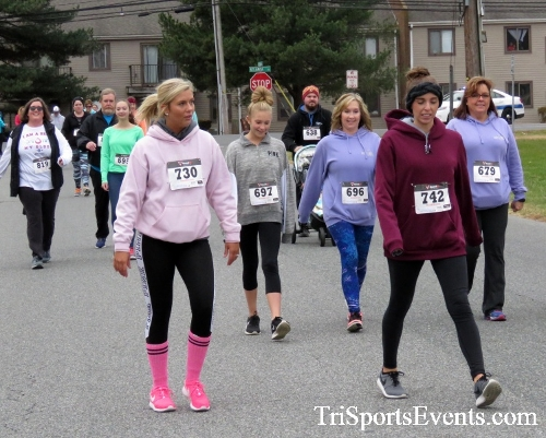Turkey Trot 5K Run/Wak<br><br><br><br><a href='https://www.trisportsevents.com/pics/16_Turkey_Trot_5K_099.JPG' download='16_Turkey_Trot_5K_099.JPG'>Click here to download.</a><Br><a href='http://www.facebook.com/sharer.php?u=http:%2F%2Fwww.trisportsevents.com%2Fpics%2F16_Turkey_Trot_5K_099.JPG&t=Turkey Trot 5K Run/Wak' target='_blank'><img src='images/fb_share.png' width='100'></a>
