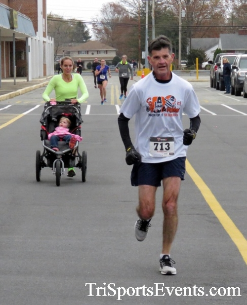Turkey Trot 5K Run/Wak<br><br><br><br><a href='https://www.trisportsevents.com/pics/16_Turkey_Trot_5K_130.JPG' download='16_Turkey_Trot_5K_130.JPG'>Click here to download.</a><Br><a href='http://www.facebook.com/sharer.php?u=http:%2F%2Fwww.trisportsevents.com%2Fpics%2F16_Turkey_Trot_5K_130.JPG&t=Turkey Trot 5K Run/Wak' target='_blank'><img src='images/fb_share.png' width='100'></a>