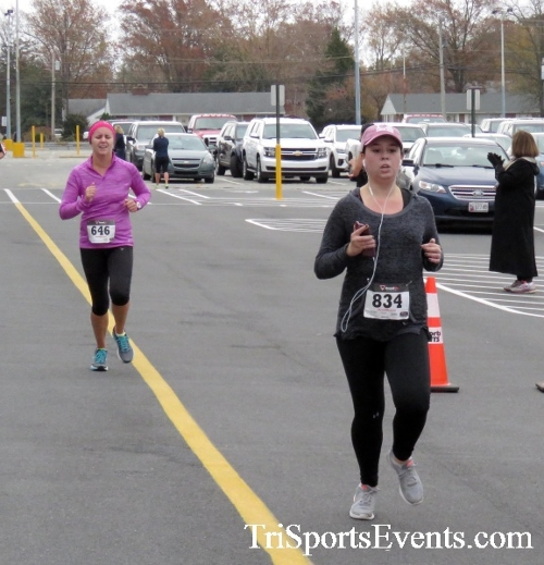 Turkey Trot 5K Run/Wak<br><br><br><br><a href='https://www.trisportsevents.com/pics/16_Turkey_Trot_5K_137.JPG' download='16_Turkey_Trot_5K_137.JPG'>Click here to download.</a><Br><a href='http://www.facebook.com/sharer.php?u=http:%2F%2Fwww.trisportsevents.com%2Fpics%2F16_Turkey_Trot_5K_137.JPG&t=Turkey Trot 5K Run/Wak' target='_blank'><img src='images/fb_share.png' width='100'></a>