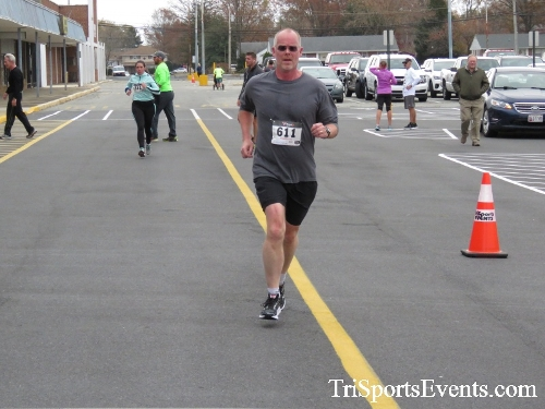 Turkey Trot 5K Run/Wak<br><br><br><br><a href='https://www.trisportsevents.com/pics/16_Turkey_Trot_5K_153.JPG' download='16_Turkey_Trot_5K_153.JPG'>Click here to download.</a><Br><a href='http://www.facebook.com/sharer.php?u=http:%2F%2Fwww.trisportsevents.com%2Fpics%2F16_Turkey_Trot_5K_153.JPG&t=Turkey Trot 5K Run/Wak' target='_blank'><img src='images/fb_share.png' width='100'></a>
