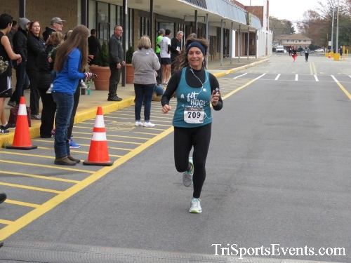 Turkey Trot 5K Run/Wak<br><br><br><br><a href='https://www.trisportsevents.com/pics/16_Turkey_Trot_5K_156.JPG' download='16_Turkey_Trot_5K_156.JPG'>Click here to download.</a><Br><a href='http://www.facebook.com/sharer.php?u=http:%2F%2Fwww.trisportsevents.com%2Fpics%2F16_Turkey_Trot_5K_156.JPG&t=Turkey Trot 5K Run/Wak' target='_blank'><img src='images/fb_share.png' width='100'></a>