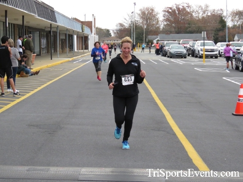 Turkey Trot 5K Run/Wak<br><br><br><br><a href='http://www.trisportsevents.com/pics/16_Turkey_Trot_5K_160.JPG' download='16_Turkey_Trot_5K_160.JPG'>Click here to download.</a><Br><a href='http://www.facebook.com/sharer.php?u=http:%2F%2Fwww.trisportsevents.com%2Fpics%2F16_Turkey_Trot_5K_160.JPG&t=Turkey Trot 5K Run/Wak' target='_blank'><img src='images/fb_share.png' width='100'></a>