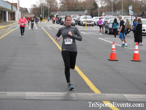 Turkey Trot 5K Run/Wak<br><br><br><br><a href='https://www.trisportsevents.com/pics/16_Turkey_Trot_5K_162.JPG' download='16_Turkey_Trot_5K_162.JPG'>Click here to download.</a><Br><a href='http://www.facebook.com/sharer.php?u=http:%2F%2Fwww.trisportsevents.com%2Fpics%2F16_Turkey_Trot_5K_162.JPG&t=Turkey Trot 5K Run/Wak' target='_blank'><img src='images/fb_share.png' width='100'></a>