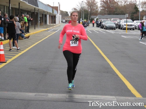 Turkey Trot 5K Run/Wak<br><br><br><br><a href='http://www.trisportsevents.com/pics/16_Turkey_Trot_5K_163.JPG' download='16_Turkey_Trot_5K_163.JPG'>Click here to download.</a><Br><a href='http://www.facebook.com/sharer.php?u=http:%2F%2Fwww.trisportsevents.com%2Fpics%2F16_Turkey_Trot_5K_163.JPG&t=Turkey Trot 5K Run/Wak' target='_blank'><img src='images/fb_share.png' width='100'></a>