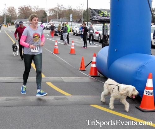Turkey Trot 5K Run/Wak<br><br><br><br><a href='http://www.trisportsevents.com/pics/16_Turkey_Trot_5K_169.JPG' download='16_Turkey_Trot_5K_169.JPG'>Click here to download.</a><Br><a href='http://www.facebook.com/sharer.php?u=http:%2F%2Fwww.trisportsevents.com%2Fpics%2F16_Turkey_Trot_5K_169.JPG&t=Turkey Trot 5K Run/Wak' target='_blank'><img src='images/fb_share.png' width='100'></a>